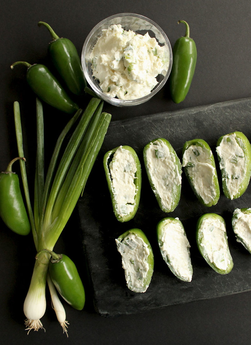 How to make delicious jalapeño poppers.