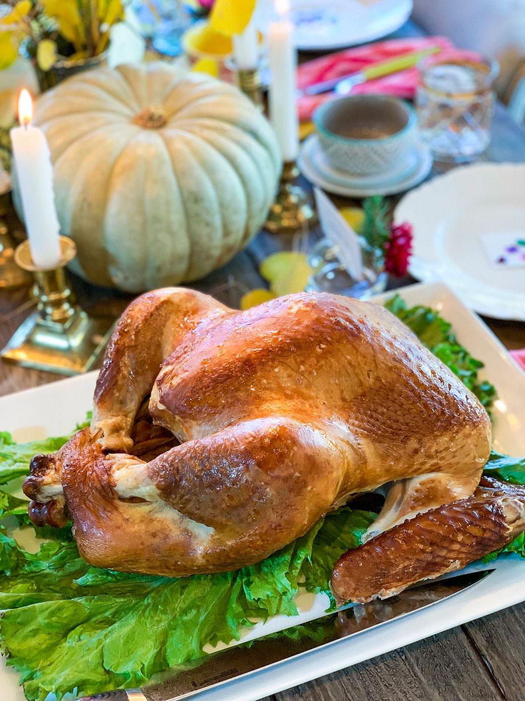 A delicious Thanksgiving turkey from Boston Market.