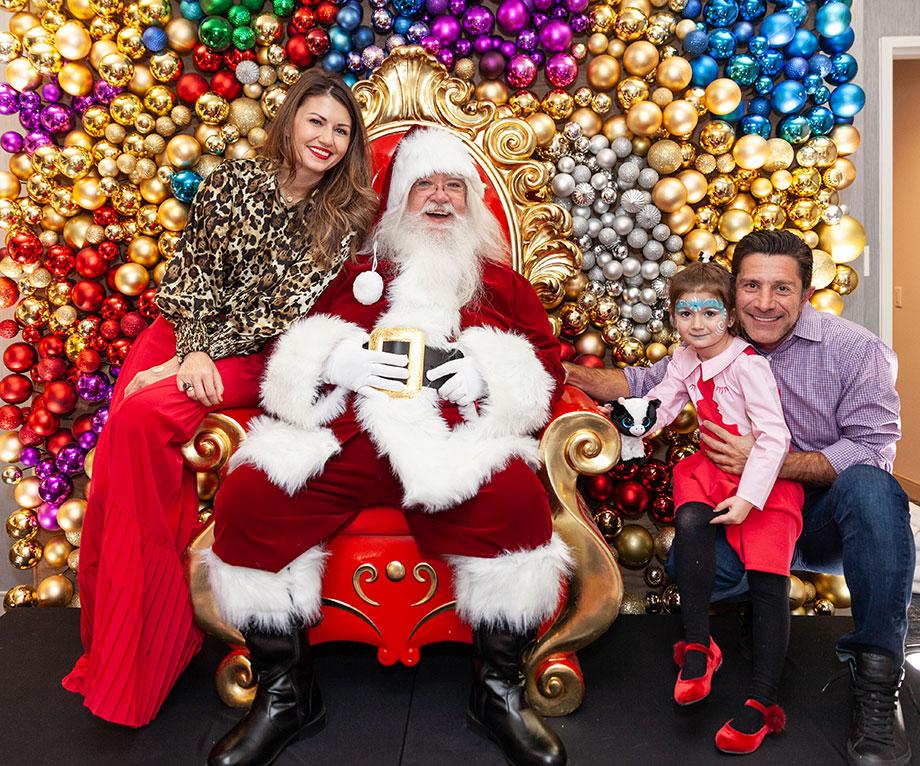 Corri McFadden and her family visit the Swissotel Santa Suite.