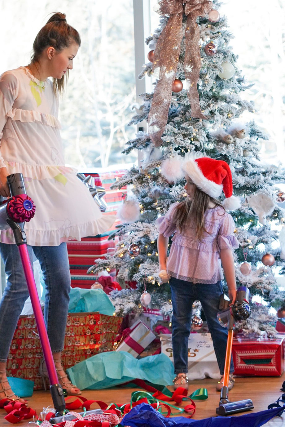 What to get your family this holiday season with Dyson, Glitter and Bubbles and eBay.