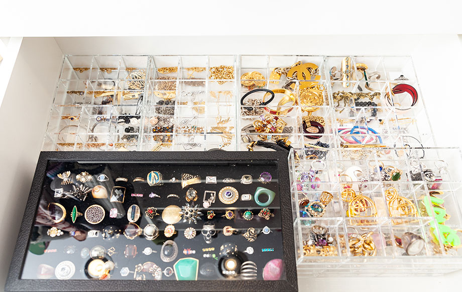 The best advice for organizing jewelry.