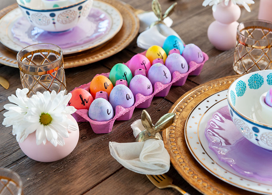How to set your table for Easter.
