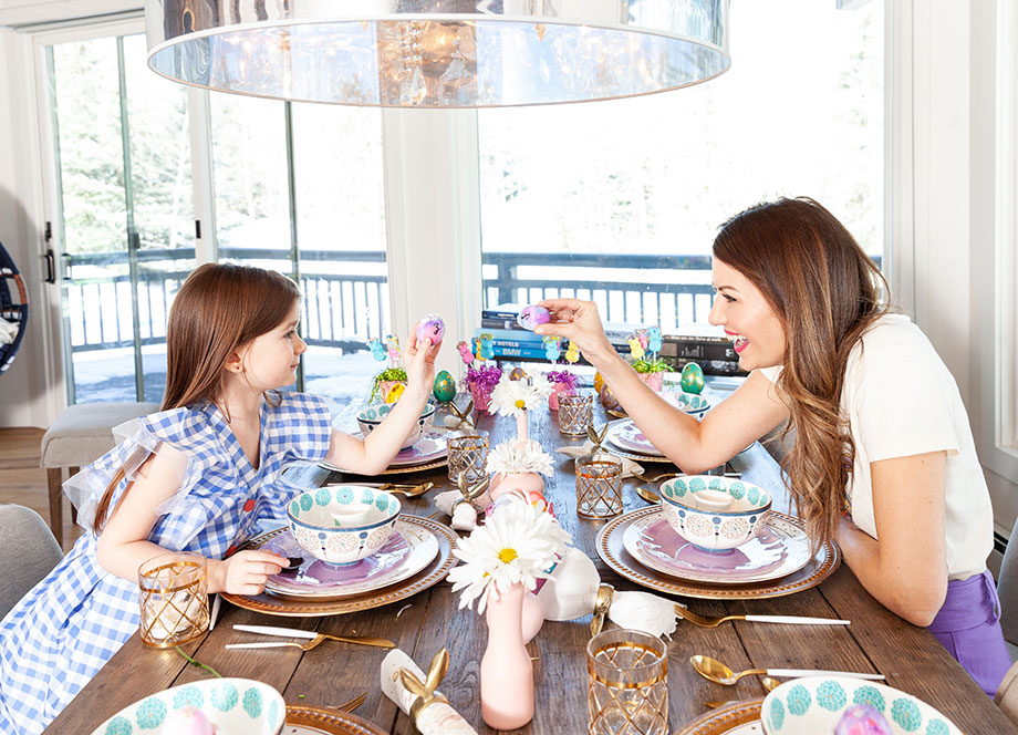 Corri McFadden and her daughter Zelda celebrate Easter with the perfect table setting on Glitter and Bubbles.