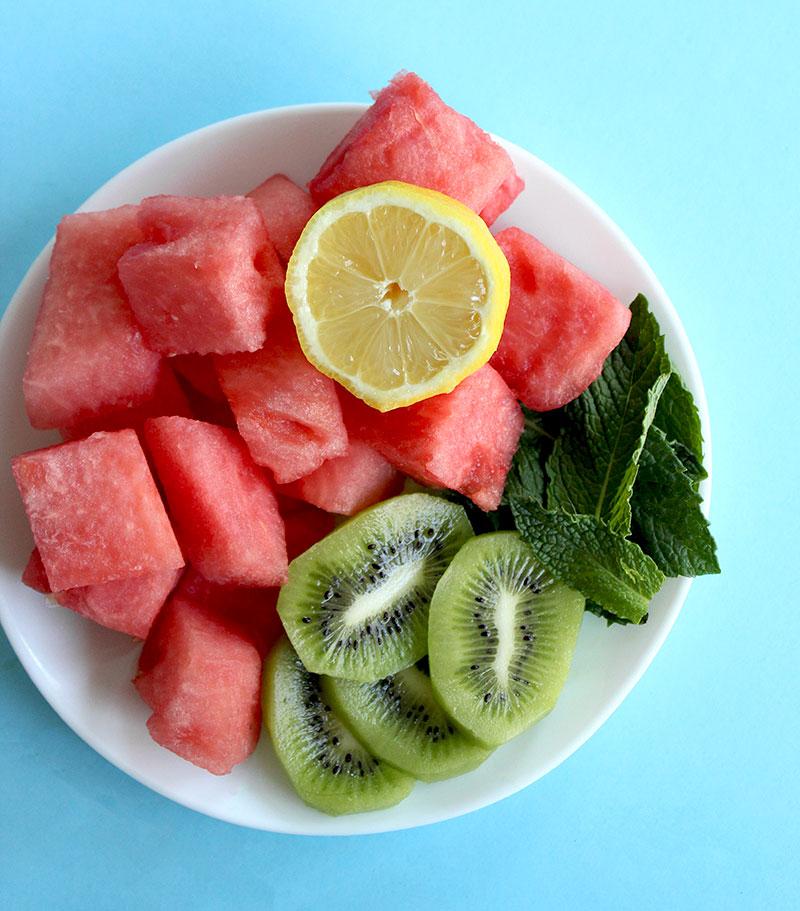 How to make homemade watermelon juice.