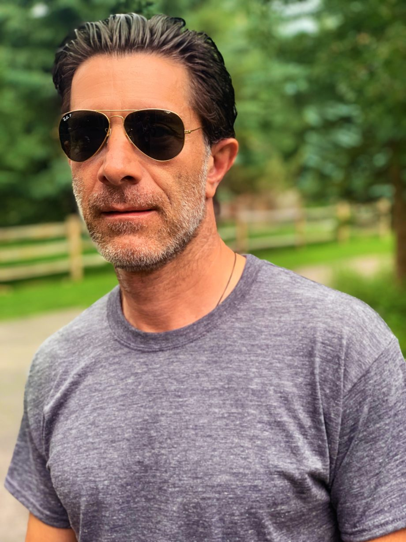 Spiro rocks a Hanes T-Shirt from BabbleBoxx.