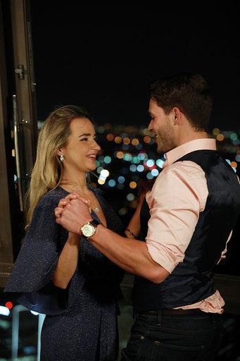 The Bachelor 16
