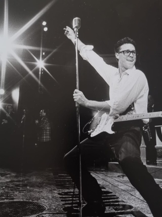 Craig Urbani in the original SA cast of Buddy - The Buddy Holly Story 1993