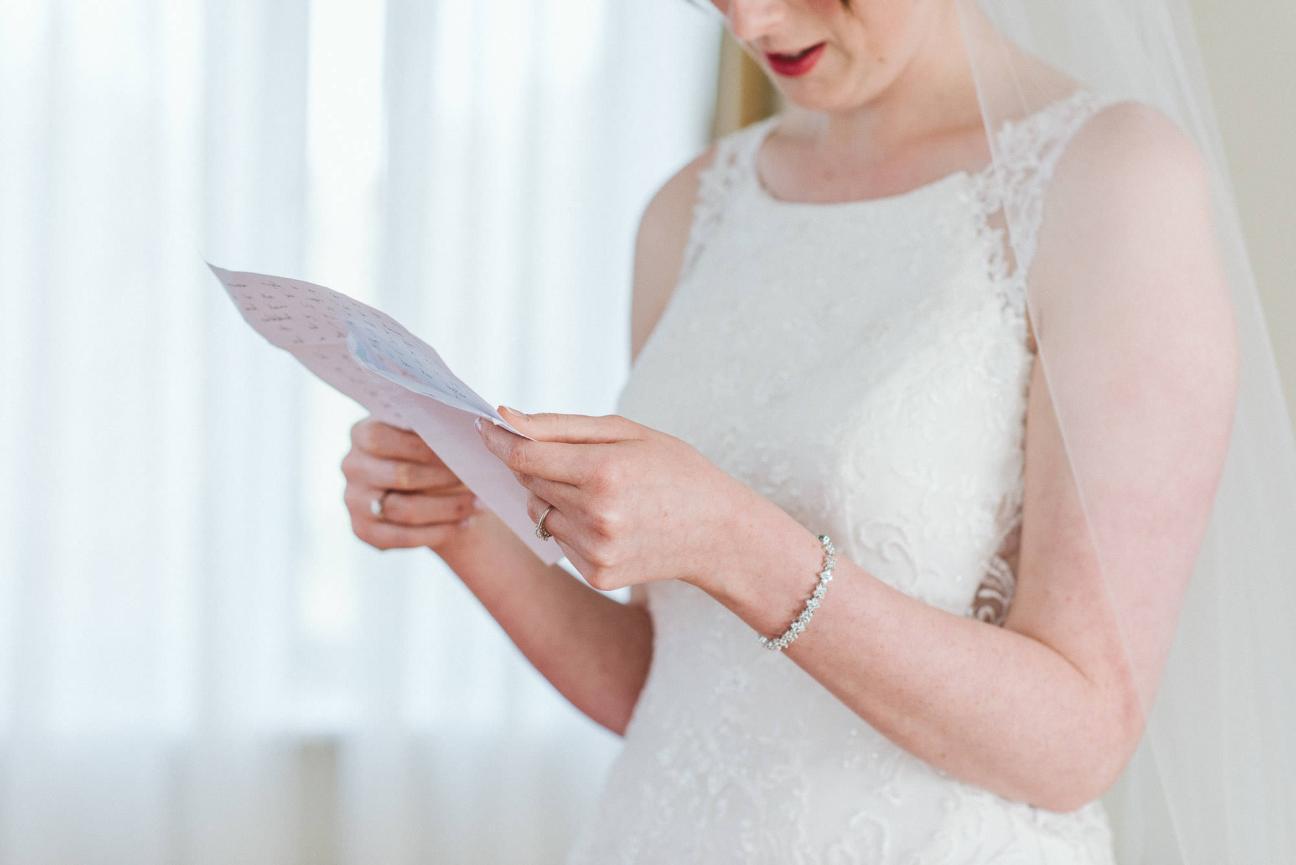edinburgh-wedding-photography-dalmahoy-colourful-140