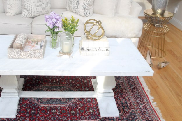 how to distress a shabby chic coffee table (the easy way!) | glitter