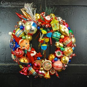 Really Retro WreathCurrently available on the Beekman 1802 Holiday website - Free shipping, too! *SOLD*