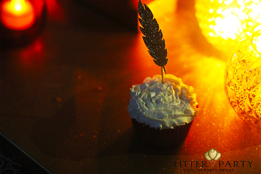 feather-cupcake-toppers