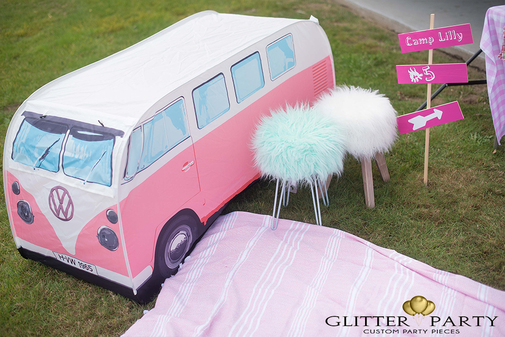 girl-camping-party-1