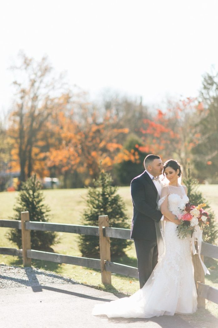 This Rustic New Jersey Barn Wedding Will Take Your Breath ...