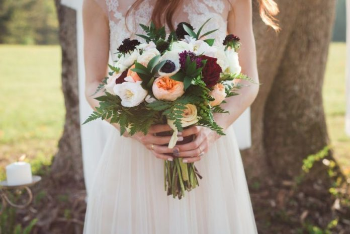 cranberry and ivory bouquet