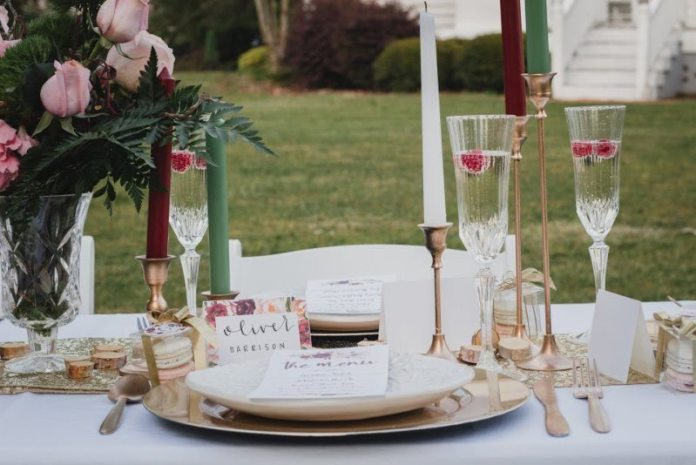 cranberry gold table setting