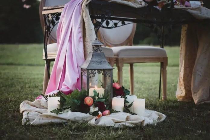 cranberry wedding decor and lantern