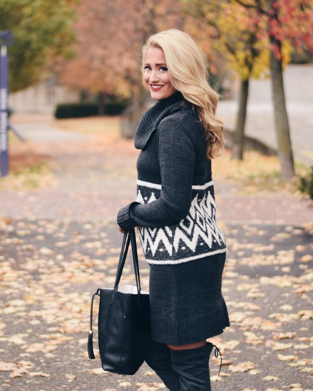 grey geometric print sweater dress
