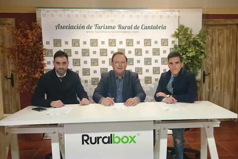 Acuerdo de colaboración A. Turismo Rural de Cantabria y Globaenergy