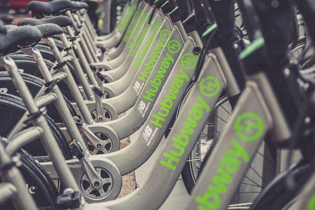 Hubway_Bike_Sharing_Boston_15776580608