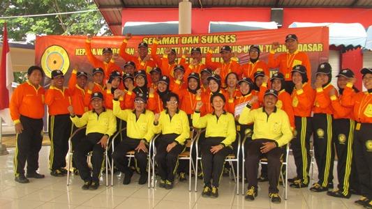 GN/F. Al Aziz Para instruktur berfoto bersama