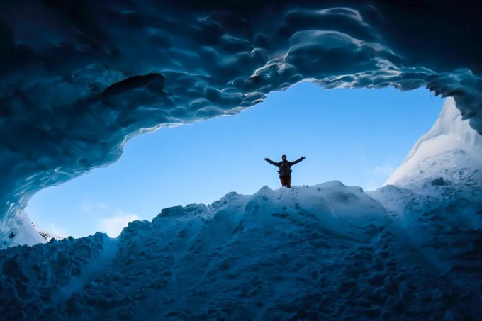 ski snowboard season whistler canada