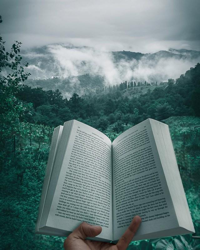 adventure travel story books