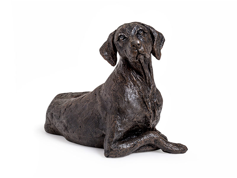 Beautiful figurine Pointer dog urns for pet dog ashes. Can be personalised.