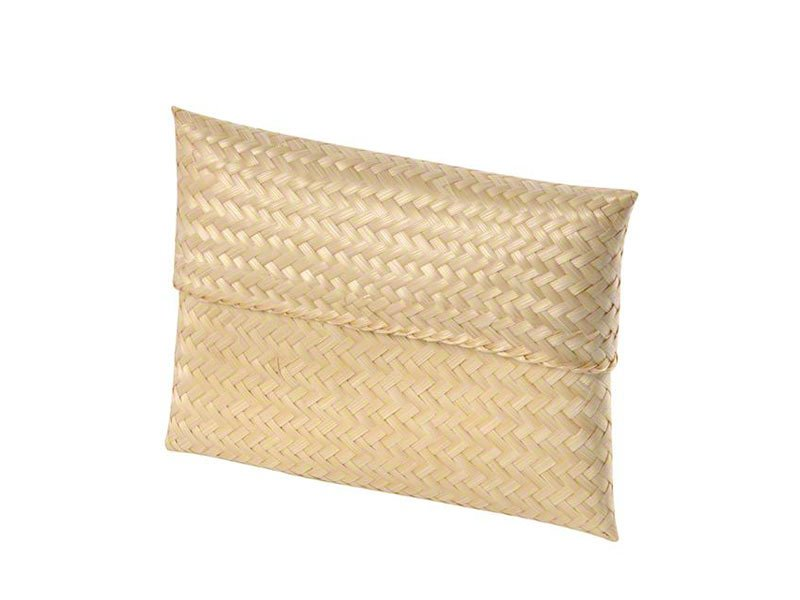 Wonderfully simple ashes scatter pouch. Natural pet ashes urn