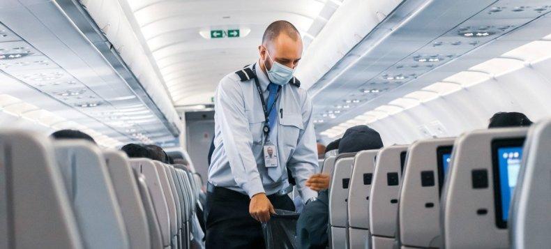 La Organización Panamericana de la Salud vigila la propagación del virus en zonas fronterizas y entre los viajeros, que a menudo son los primeros en introducir variantes a un país.