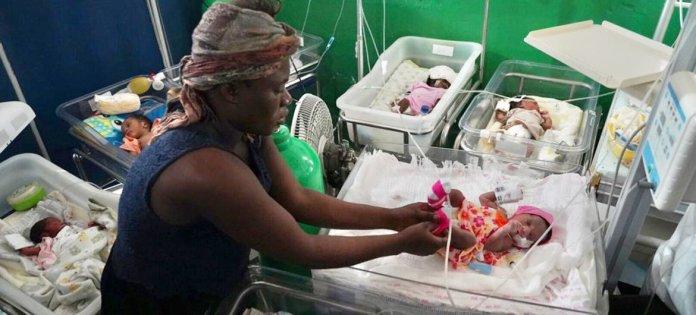 Un hôpital aux Cayes, en Haïti, largement épargné par le séisme.