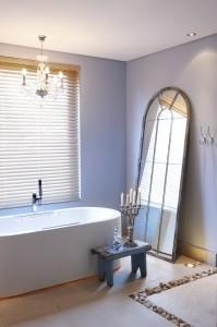 olive soaking tub