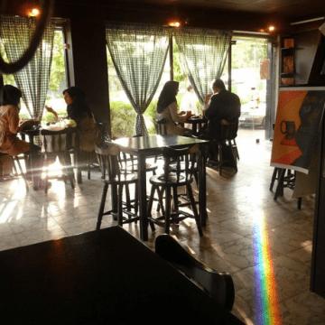 Cafe Talkh
