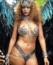 Rihanna Crop over 2015