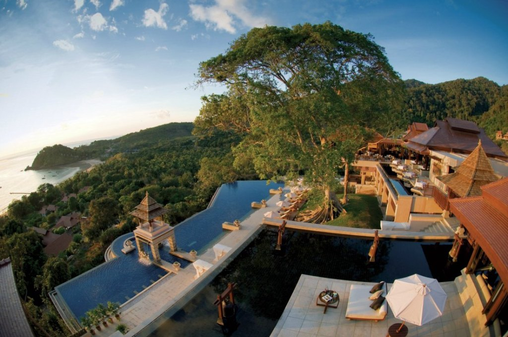 ustainable Eco-Resorts for Ethical Luxury and Authentic Local Experiences in Thailand