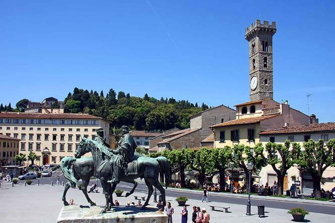 Piazza Fiesole outside Florence, Italy