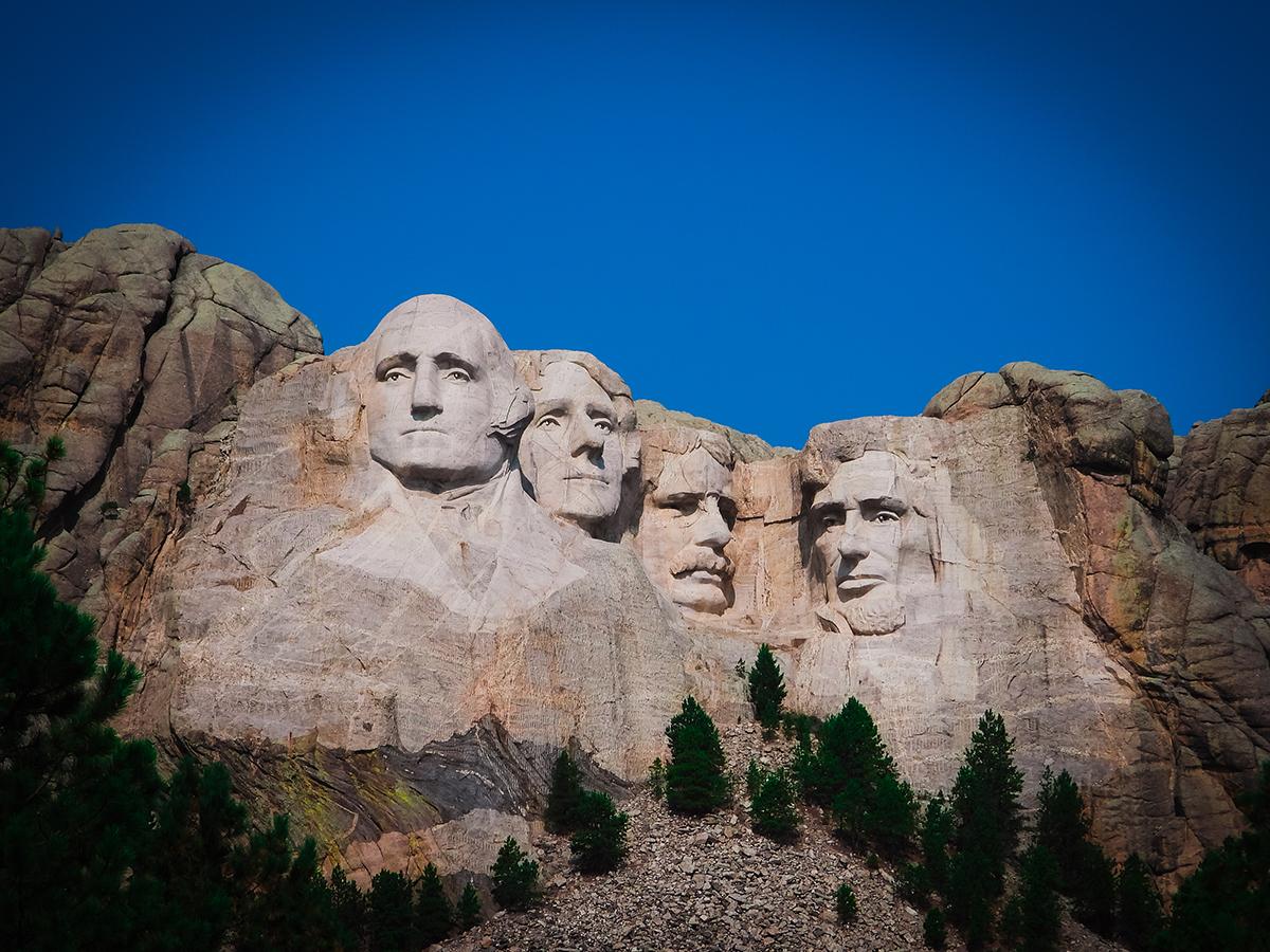 Mount Rushmore facade