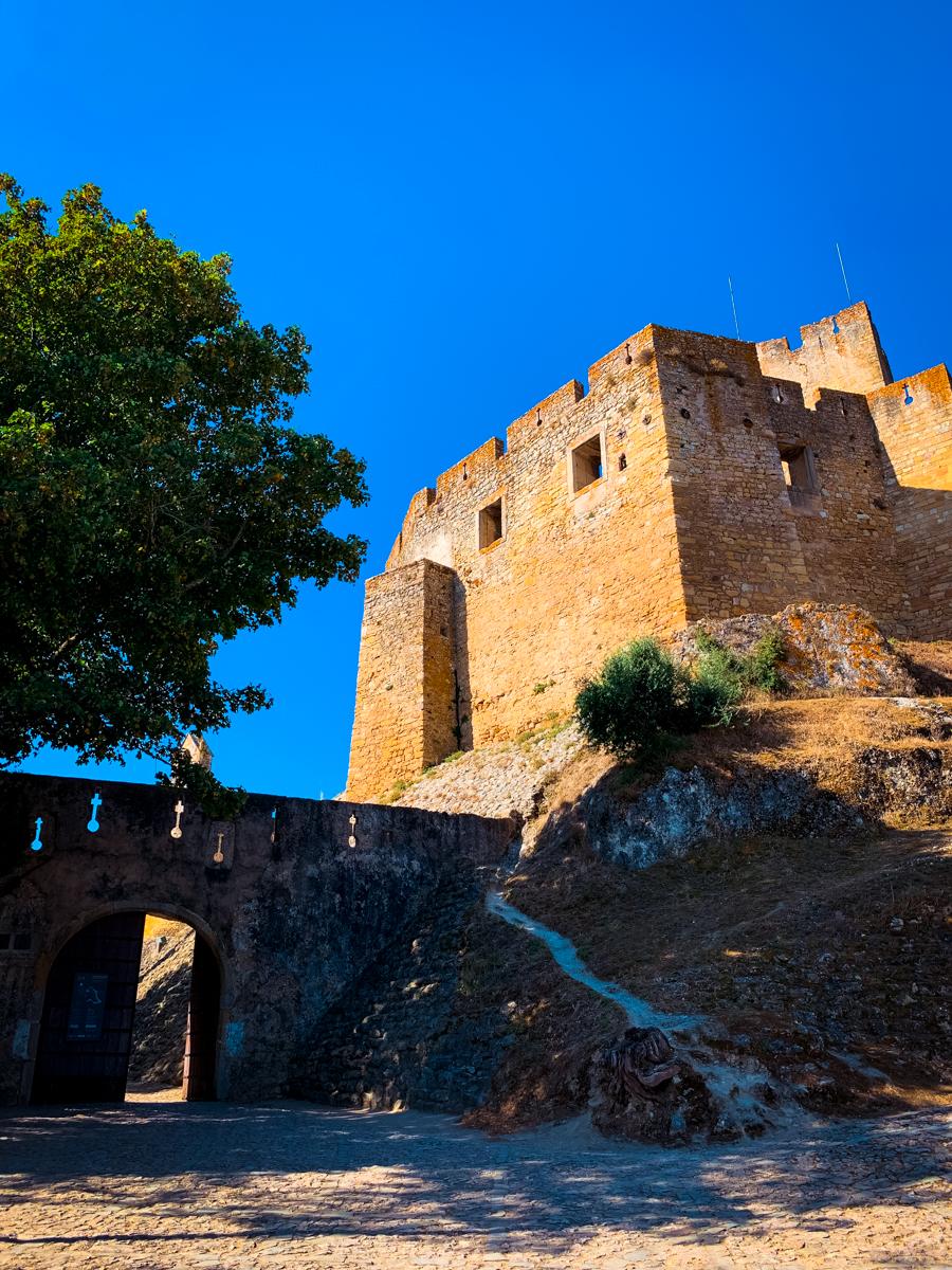 Tomar Castle exterior