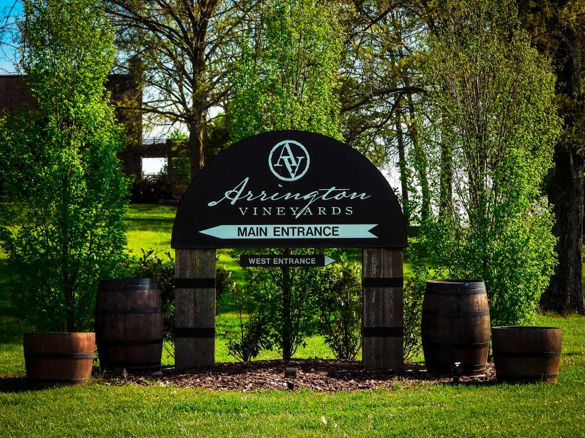 Arrington Vineyards entrance