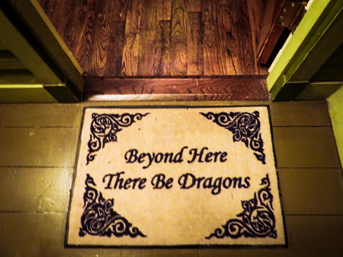 HOER welcome mat