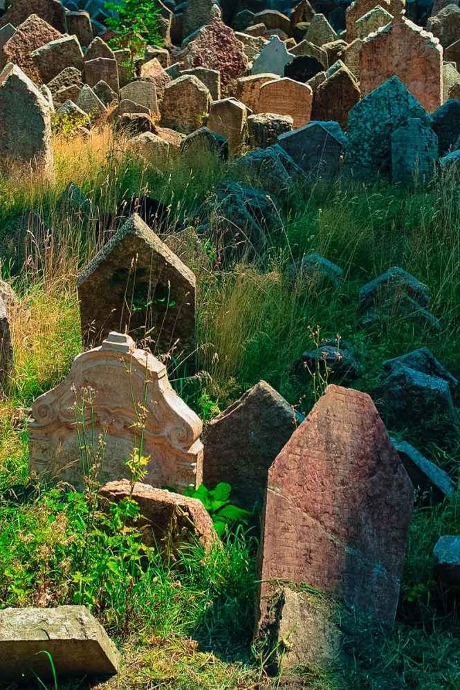 old cemetery in prague's jewish quarter