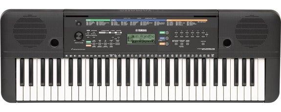 Yamaha PSR E253 dgital piano