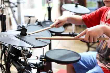 The best beginners electronic drum kit under $500 - Global