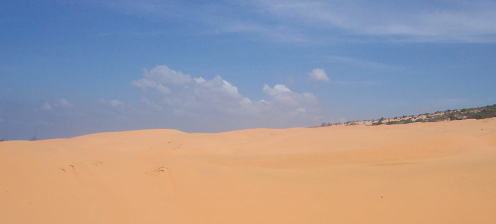 Mui Ne Sand Sledding and on to Da Lat