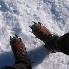 Crampons = sore toes.