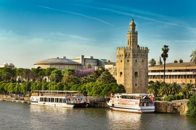 seville-gold-tower-river