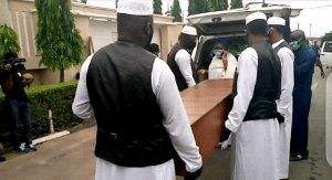 Ex-Oyo Governor, Abiola Ajimobi Buried At His Oluyole Estate Residence {Photos/Video}