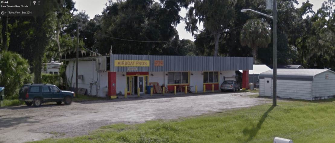 jeepers-creepers-diner-gas-station-sv.png