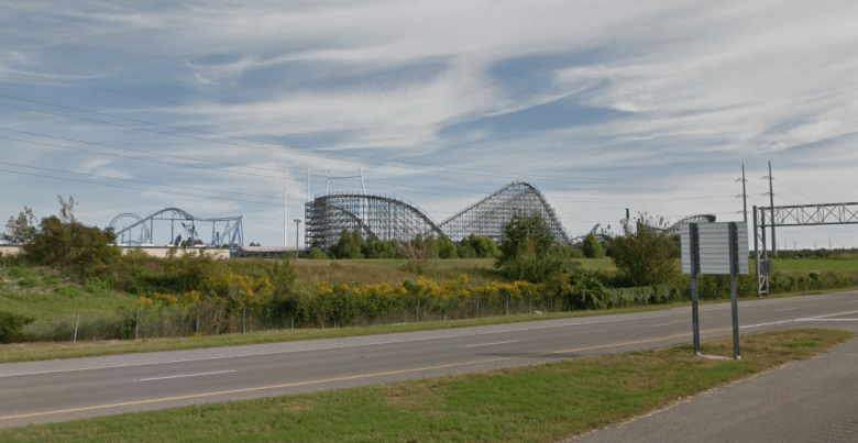 six-flags-theme-park-sv-3.PNG