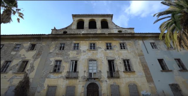 exploring-with-josh-tuscany-asylum-yt2.PNG