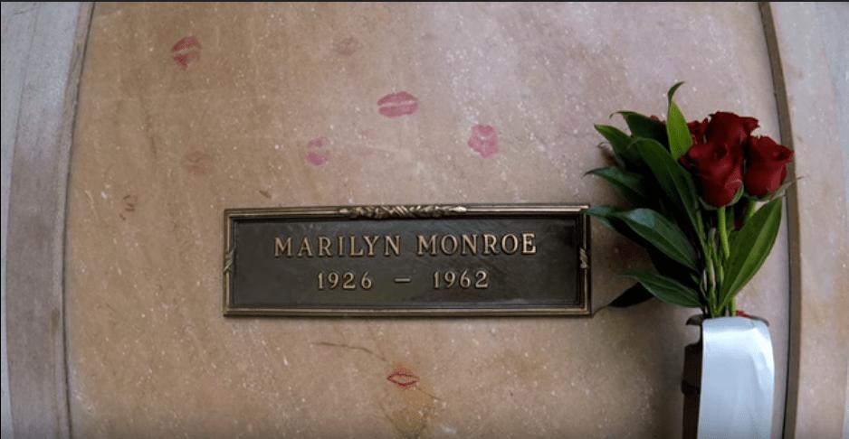 marilyn-monroe-grave3.PNG